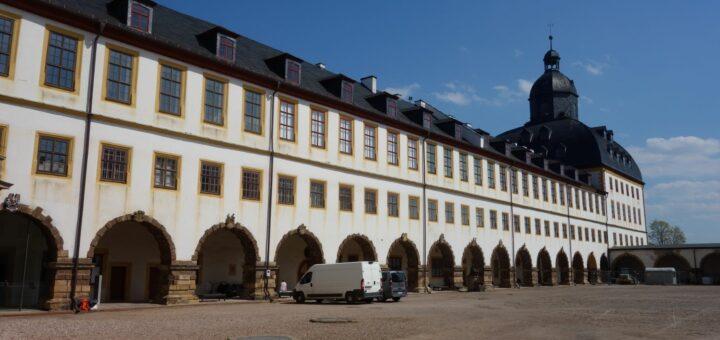 Schloss Friedenstein Gotha mit der Forschungsbibliothek im rechten Schlossflügel und Turm